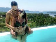 Aymeric Bonnery : Vacances au soleil avec sa belle brune au corps de rêve