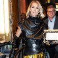 """Céline Dion quitte un théâtre de Broadway à New York le 4 février 2020. Elle a assisté à la pièce """"Nederlands Dans Theatre"""" au New York City Centre."""