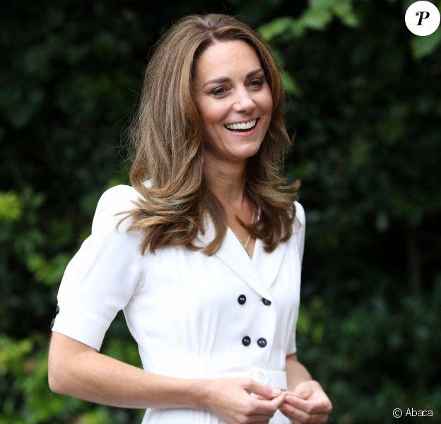 Kate Middleton joue les volontaires pour l'association Baby Basic UK à Sheffield, été 2020.