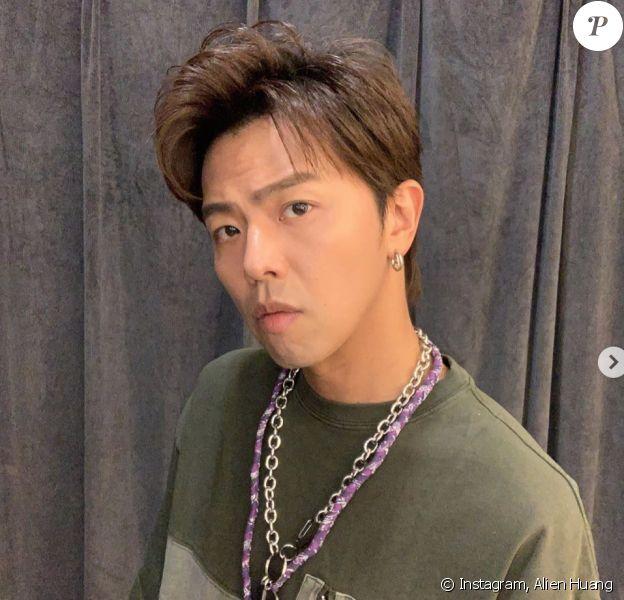 L'acteur et chanteur taïwanais Alien Huang est mort. Il a été retrouvé à moitié nu à son domicile à Taipei.