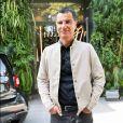 """Laurent Luyat arrive à l'enregistrement de l'émission """"Vivement Dimanche Prochain"""" au studio Gabriel à Paris, France, le 21 août 2019."""