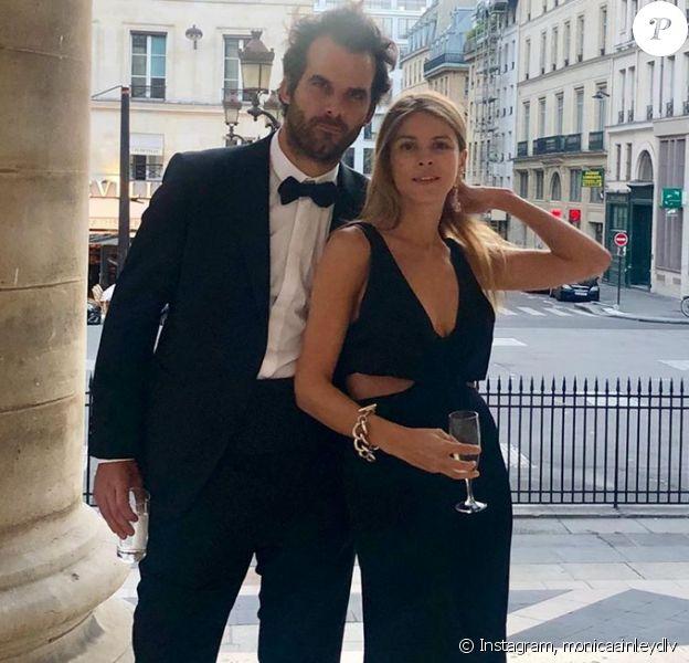 L'influenceuse, journaliste et égérie street style Monica Ainley mariée à Marc de la Villardière.