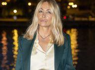 Emmanuelle Béart : Teint hâlé et look soyeux à la Fashion Week