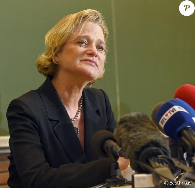 Delphine de Saxe-Cobourg-Gotha, reconnue officiellement comme la fille légitime du roi Albert II de Belgique après sept ans de procédure, donne une conférence de presse à Bruxelles. Octobre 2020.