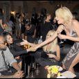 Soirée Versace à Milan, le 25/09/09, à l'occasion de la Fashion Week. Janet Jackson et Jermaine Dupri ensemble ? SI ça c'est pas du scoop !