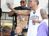 Chris Brown : entre deux travaux d'intérêt général, il fait le malin... et la fiesta ! Regardez !