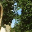 """Caterina, candidate des """"Reines du shopping"""" (M6) lors d'un spécial """"Belles avec des formes"""". La chanteuse de 27 ans affiche son visage de poupée et ses courbes sur Instagram."""