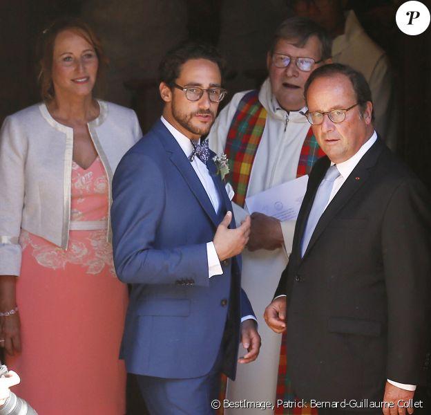Ségolène Royal et François Hollande - Mariage de Thomas Hollande et de la journaliste Emilie Broussouloux l'église de Meyssac en Corrèze, près de Brive © Patrick Bernard-Guillaume Collet / Bestimage