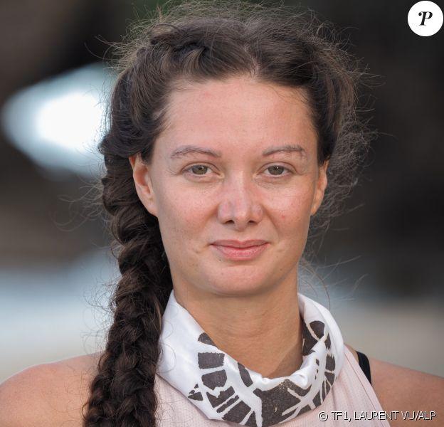 """Alexandra, candidate de """"Koh-Lanta, Les 4 Terres"""", diffusée en 2020, photo officielle"""