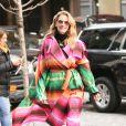 Julia Roberts porte un trench multicolore dans les rues de New York, le 3 décembre 2018