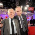 Frédéric Mitterrand et Jean d'Ormesson à l'enregistrement de Vivement Dimanche, le 7 octobre 2009 (diffusion le 11 octobre 2009)