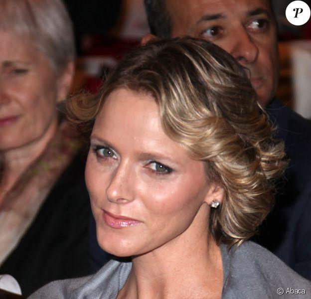 Charlene Wittstock lors de la cérémonie de remise des prix de la Fondation d'Albert II de Monaco à Monaco au Forum Grimaldi de Monte-Carlo le 10 octobre 2009