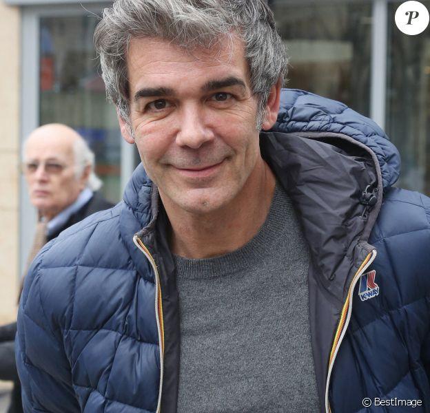 Exclusif - Xavier de Moulins à la sortie des studios RTL à Paris. Le 3 février 2020 © Panoramic / Bestimage