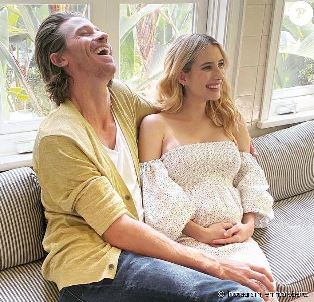 Emma Roberts (enceinte) et Garrett Hedlund sur Instagram.