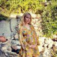 Emma Roberts enceinte, sur Instagram en novembre 2020.