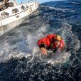 Kevin Escoffier a été rescapé par Jean Le Cam puis la Marine Française après que son bateau se soit brisé en deux lors du Vendée Globe.
