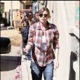 Ellen Pompeo ayant fait des courses dans un supermarché bio de Los Angeles le 16 octobre 2009