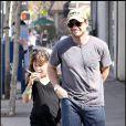 Christian Slater et ses enfants Jaden et Eliana à Brentwood le 18 octobre 2009
