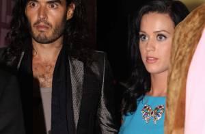 Regardez Katy Perry très amoureuse, s'offrir en surprise... à son chéri Russel Brand !