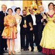 André Dussolier, Ariane Ascaride, Juliette Binoche, Luc Besson, Jean-Pierre Bacri, Alain Resnais et Agnès Jaoui aux César en 1998.
