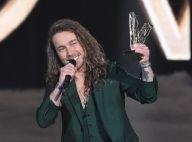 Julien Doré en coulisses des Victoires de la musique : il recycle son trophée d'une drôle de façon