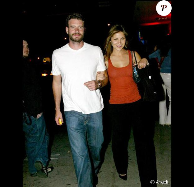 Scott Foley et Marika Dominczyk en mai 2005