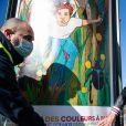"""Exclusif - Mika et neuf autres artistes redonnent des couleurs à Paris le 28 février 2021. Les affiches réalisées par dix artistes, dont le chanteur Mika, seront exposées en mars à Paris. Un projet mené par l'artiste pour redonner vie à une capitale culturelle qui s'essoufle. Dès demain, le 1er mars 2021, plus de 2500 espaces accueilleront ces affiches. Pour habiller les espaces d'affichage de la capitale orpheline des annonces des événements culturels habituels (cinémas, théâtre, musées), Mika, qui mène ce projet, sa soeur Paloma Penniman et le directeur du musée des Arts décoratifs Olivier Gabet ont donné carte blanche à neuf artistes pour """" redonner des couleurs à Paris """", titre de cette exposition éphémère à ciel ouvert. Mika a lui-même co-signé une affiche réalisée avec une autre de ses soeurs, Yasmine Penniman, avec laquelle il crée ses pochettes d'album, affiches de tournée ou autres produits depuis deux décennies. Ces oeuvres inédites sont exposées sur les mâts-drapeaux et les célèbres colonnes Morris, emblématiques du mobilier urbain parisien, qui appartiennent au géant de l'affichage JCDecaux. Palais de la Porte Dorée, canal de l'Ourcq, hôtel Lutetia etc : des lieux emblématiques de la capitale figurent sur plusieurs de ces oeuvres aux couleurs chaudes. © Cyril Moreau / Bestimage   Exclusive - For Germany please call for price - no web en Suisse / Belgique The posters created by ten artists, including the singer Mika, will be exhibited in March in Paris. A project led by the artist to breathe new life into a cultural capital that is running out of steam. In order to dress the capital's poster spaces orphaned from the announcements of the usual cultural events (cinemas, theatre, museums), Mika, who is leading this project, his sister Paloma Penniman and the director of the Museum of Decorative Arts Olivier Gabet have given carte blanche to nine artists to """"give back colours to Paris"""", the title of this ephemeral open-air exhibition. Mika himself co-signed a"""