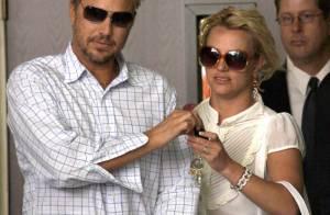 Britney Spears : Très sexy en petite robe noire... pour un dîner romantique avec son boyfriend !