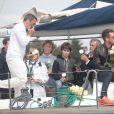 Hubert Arthaud, entouré de sa famille, des amis proches dont le navigateur, artiste, écrivain Titouan Lamazou et son fils Loup, des marins venus de tous les ports de la méditerranée, ainsi que le maire de Cannes David Lisnard,ont rendu hommage en mer au large de l'île St Honorat à Cannes le 25 avril 2015, à la navigatrice Florence Arthaud décédée lors d'un accident d'hélicoptère en Argentine.