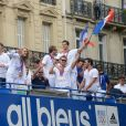 Florent Manaudou et la délégation française des Jeux Olympiques lors de leur retour en France. Le 13 août 2012.