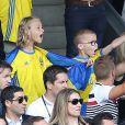Helena Seger (épouse de Zlatan Ibrahimovic) et leurs fils Maximilian et Vincent, supporters engagés lors du match Italie - Suède au Stadium de Toulouse. Toulouse, le 17 juin 2016. © Cyril Moreau/Bestimage