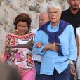 """Info du 4 avril 2021 Bernard Tapie et sa femme Dominique violentés chez eux lors d'un cambriolage - Bernard Tapie et sa femme Dominique sont allés diner au restaurant """"Le Girelier"""" à Saint-Tropez."""