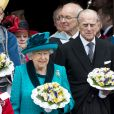 La reine Elisabeth II d'Angleterre et le prince Philip, duc d'Edimbourg lors de la messe du Jeudi Saint en la cathédrale de Leicester, le 13 avril 2017.