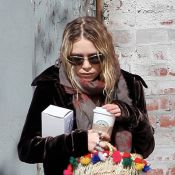 Mary-Kate Olsen : Le look poubelle continue... de plus belle ! A vous de juger...