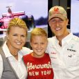 Corinna, Michael et leur fils Mick Schumacher à Stuttgart Nuerburgring en Allemagne le 1 septembre 2012.