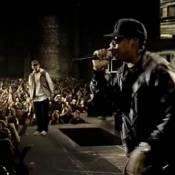 """Eminem contre Jay-Z : Une battle moins glamour... mais aussi délirante que """"Taylor Swift vs. Heidi Klum"""" !"""
