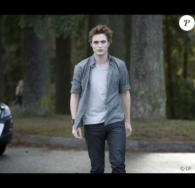 Robert Pattinson dans Twilight II : Tentation (New Moon)