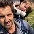 Frédéric Diefenthal a publié une nouvelle photo de son fils et lui sur Instagram.