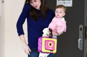 Quand Jennifer Garner va chercher son adorable Seraphina à la crèche, elle a très mal... aux pieds !