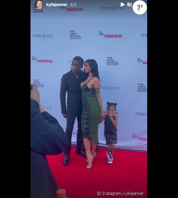 Kylie Jenner, Travis Scott et leur fille Stormi au Parsons Benefit à New York, le 15 juin 2021.