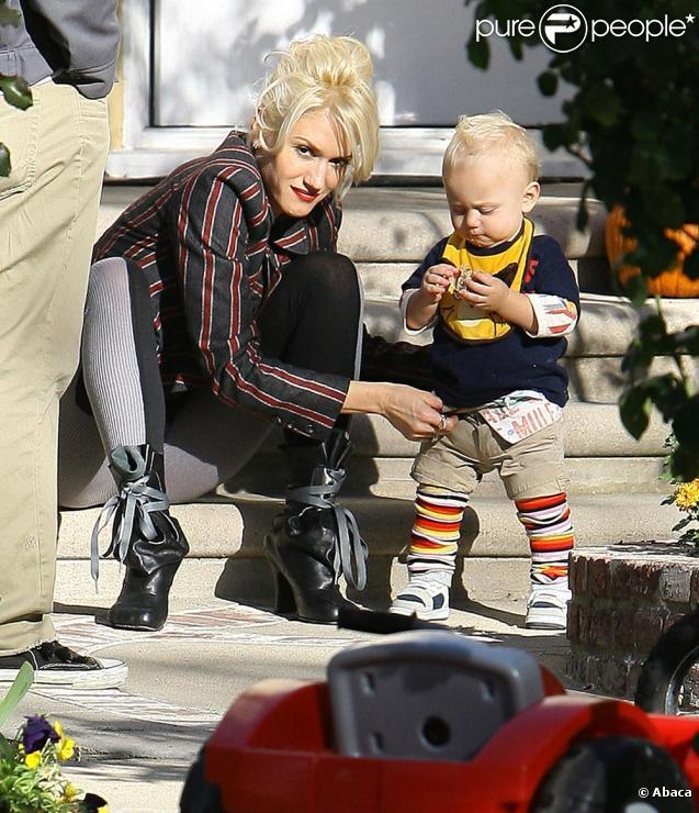 Gwen Stefani et ses fistons à Los Angeles le 15/11/09