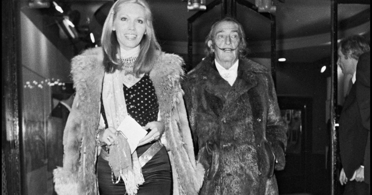 Amanda Lear en couple avec Dali : un ménage à trois avec la femme du peintre qui a tourné court