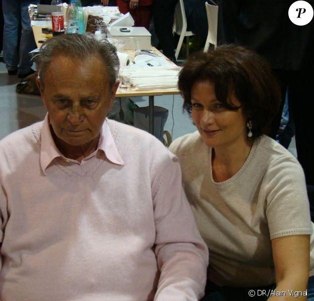 Roger Hanin avec sa compagne au salon du livre de Toulon