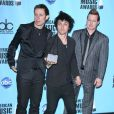 Green Day, à l'occasion de la grande soirée des 37e American Music Awards, qui s'est tenue à Los Angeles, le 22 novembre 2009.