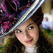 Regardez la belle Louise Bourgoin dans les premiers visuels magnifiques... d'Adèle Blanc-Sec !