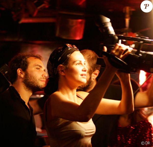 Helena Noguerra sur le tournage de son court métrage pornographique Peep-Show.