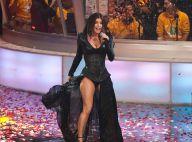 Les ma-gni-fiques jambes de Fergie... exhibées lors d'un immense concert qui aura duré toute la nuit !