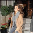 """""""Penélope Cruz à Londres devant son hôtel, le 5 décembre 2009"""""""