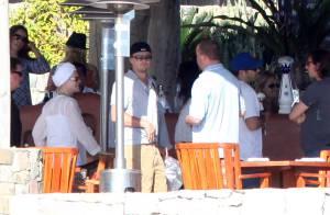 Leonardo DiCaprio : avec ses parents... il s'apprête à fêter une bonne nouvelle !