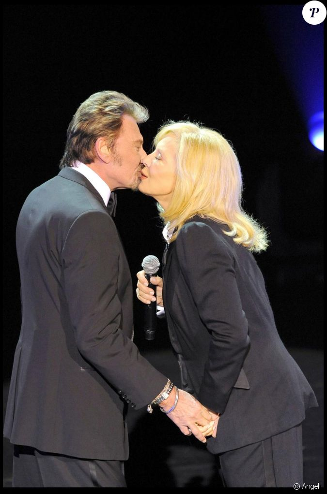 johnny hallyday et syvlie vartan l 39 olympia en septembre 2009. Black Bedroom Furniture Sets. Home Design Ideas
